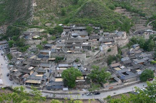灵山自然风景区是避