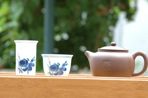 三闺蜜陶瓷杯可爱画作品