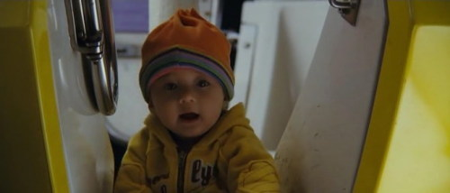 小家伙被放在冰室中呢