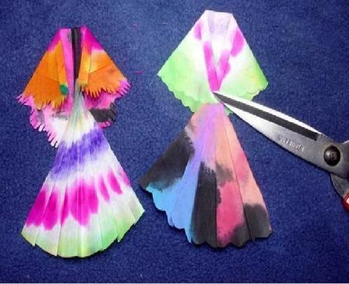 儿童创意美术教案 彩色的染纸(3——12岁)