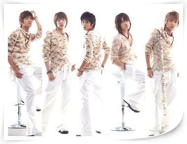喜欢的歌手:u yeng