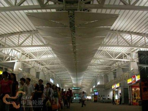 解构广州白云机场