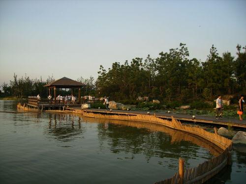 路:乘游船赏美景,着陆桃花岛