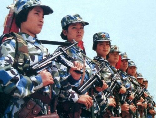 中国军营里那些最可爱的人(图)