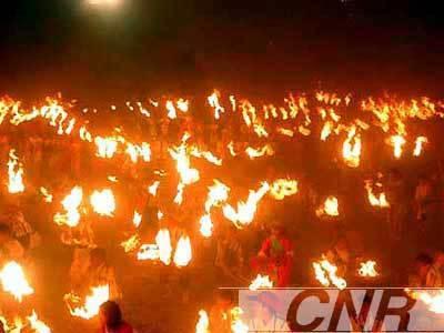 彝族 白族 纳西族 火把节 来历 火把节传说